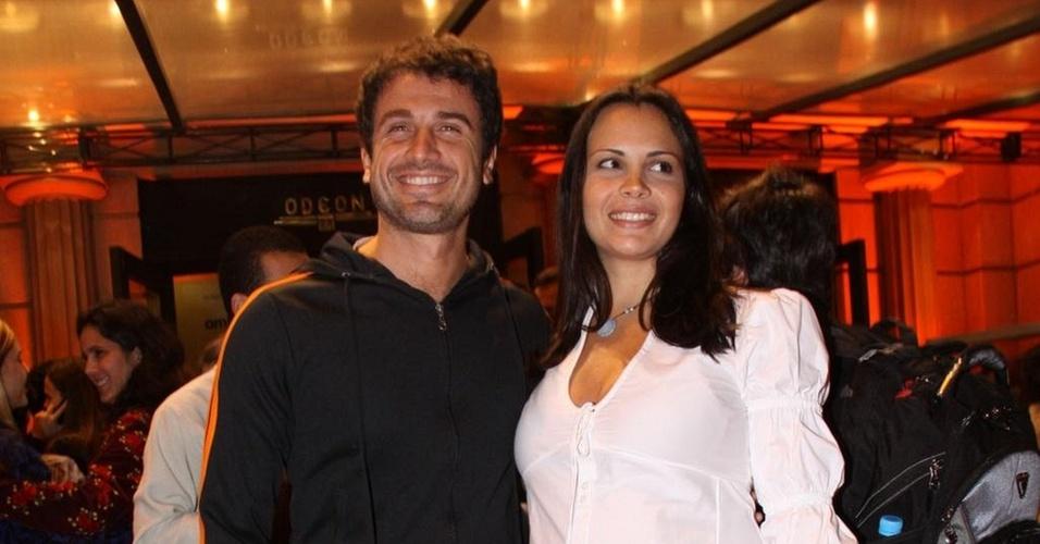 Eriberto Leão e Andréa Leal vão à pré-estreia do filme