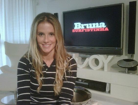 Deborah Secco grava comercial de Bruna Surfistinha (12/11/2010)