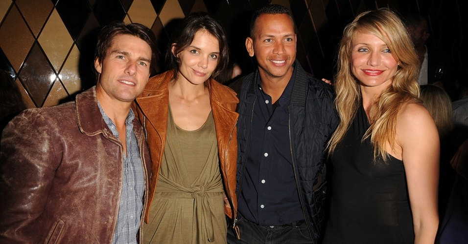 Tom Cruise, Katie Holmes, Alex Rodriguez e Cameron Diaz participam do Superbowl em Miami (6/2/2010)