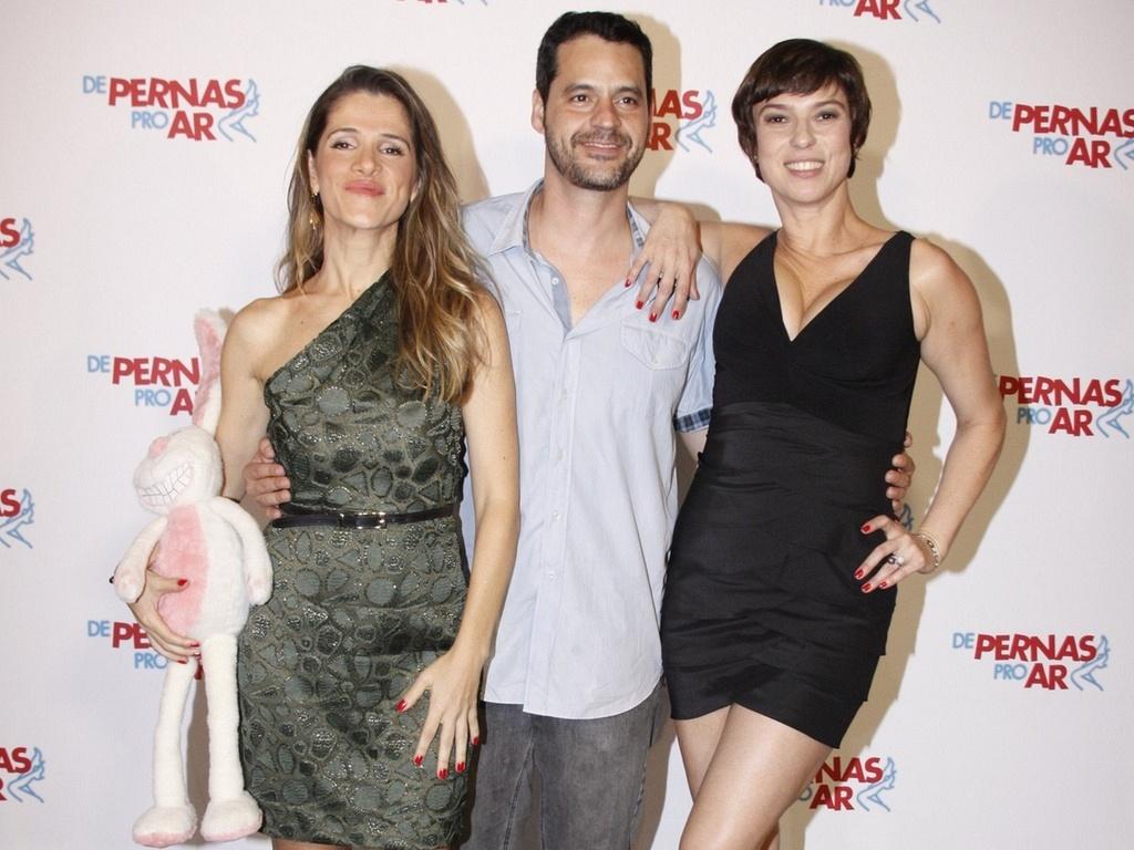 Ingrid Guimarães, Bruno Garcia e Maria Paula na première do filme