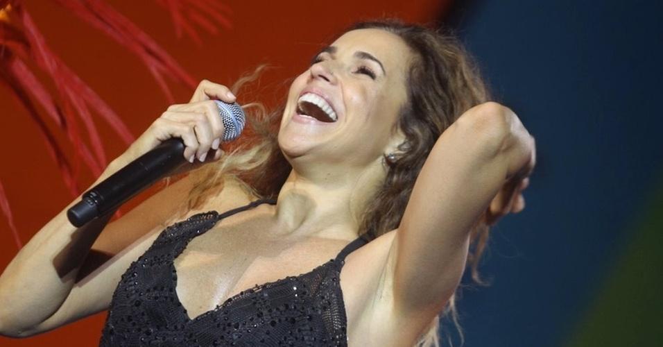 Daniela Mercury faz show no Réveillon da praia de Copacabana