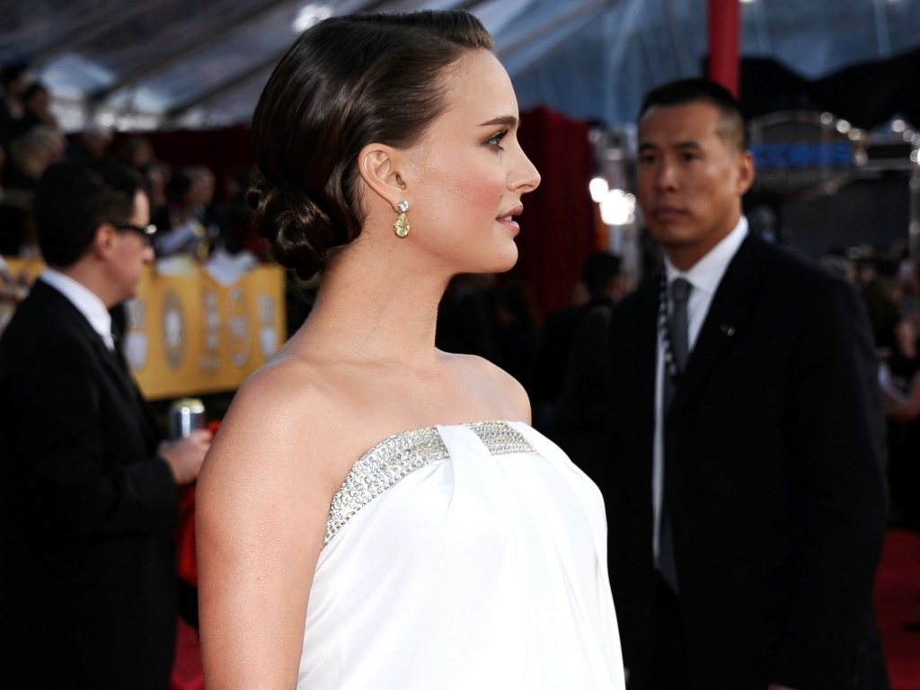 Natalie Portman no tapete vermelho do SAG Awards, em Los Angeles (30/1/2011