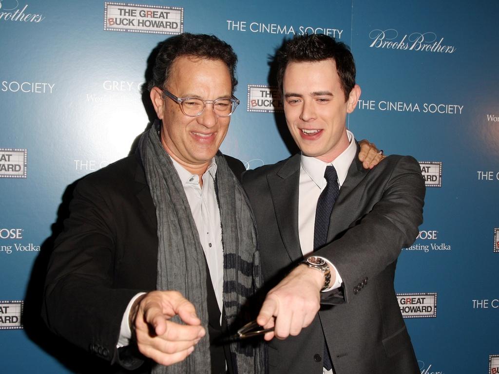 Tom Hanks e o filho Colin Hanks na exibição de