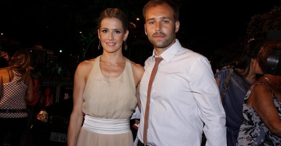 Deborah Secco e Marcus Baldini na pré-estreia da
