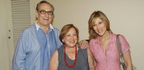 Paulo Goulart, Nicette Bruno e Beth Goulart na pré-estreia da peça