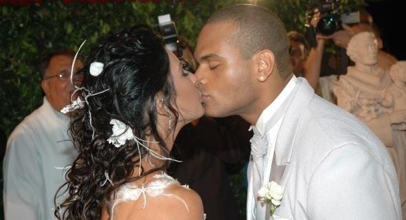 Scheila Carvalho e Tony Salles se casam no Hotel Catussaba, em Salvador (2007)