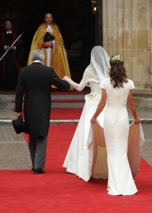 era para ser insignificante diz pippa sobre vestido no casamento de kate noticias uol tv e famosos tv e famosos uol