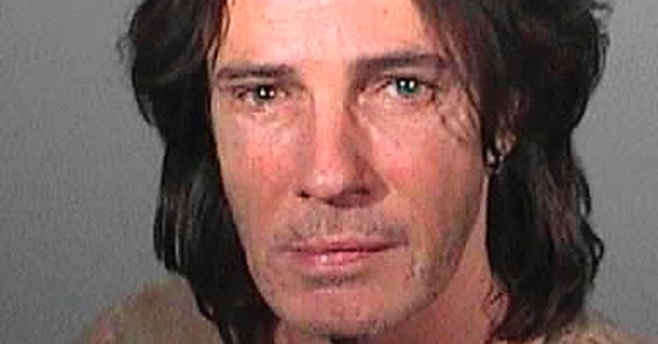 Rick Springfield em foto divulgada pela polícia após ele ser detido por dirigir alcoolizado em Los Angeles (2/5/2011)