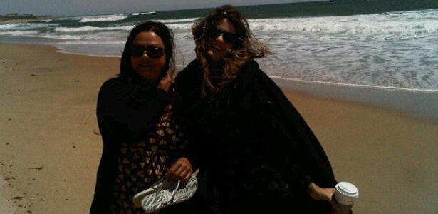 Isabeli Fontana posta foto em seu Twitter na Turquia (13/5/11)