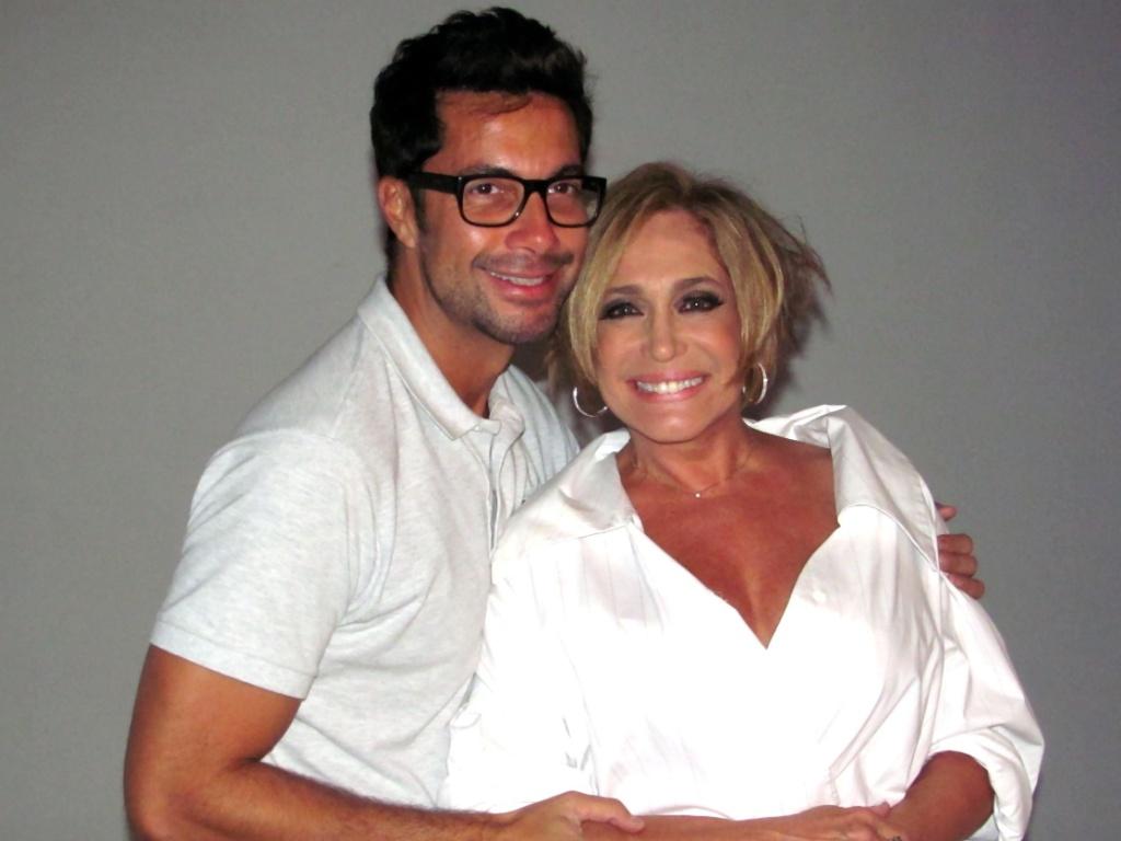 Fernando Torquatto posa com Susana Vieira (1/6/11)