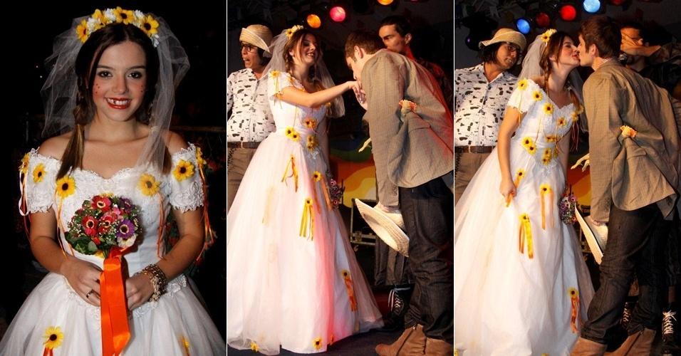 Os atores Giovanna Lancelotti e Thiago De Los Reys no Arraiá da Providência, no Rio de Janeiro (18/6/11)