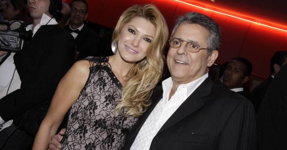 O casal Antonia Fontenelle e Marcos Paulo durante a 10ª edição do Grande Prêmio do Cinema Brasileiro, no Rio (31/5/2011)
