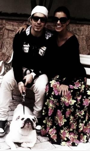 Di Ferrero e Mariana Rios no Dia dos Namorados (12/6/2011)