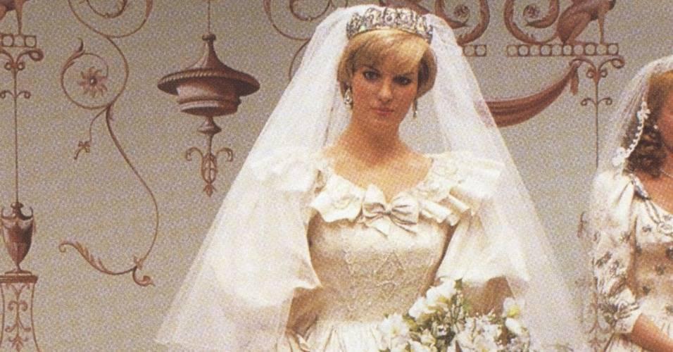 Figura de cera da princesa Diana, vestida de noiva, no museu Madame Tussauds de Londres