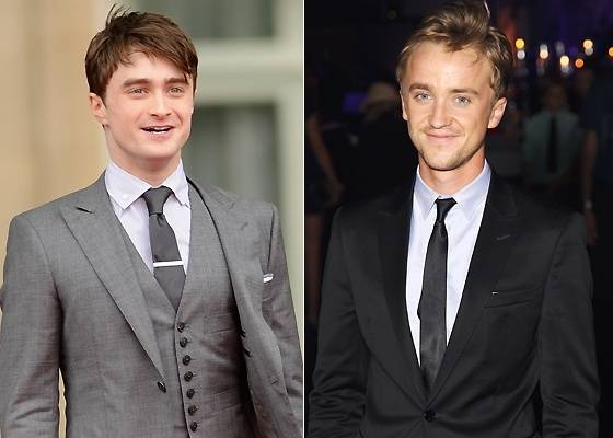 "Os atores de ""Harry Potter"", Daniel Radcliffe (esq.) e Tom Felton (dir.) na première de ""Harry Potter e as Relíquias da Morte - Parte 2"", em Londres (7/7/2011)"
