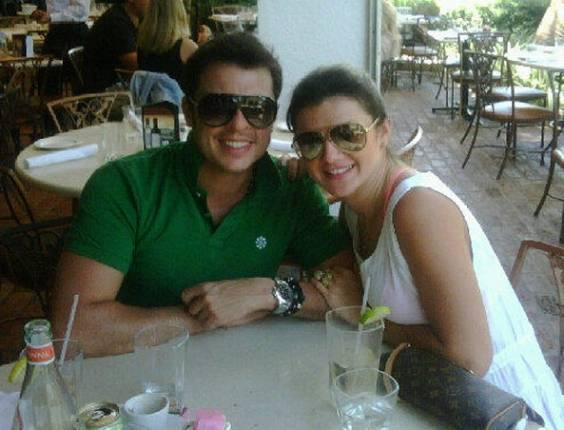 Wellington Muniz e Mirella Santos em Miami (29/7/11)