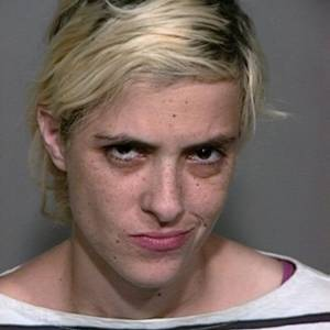 Samantha Ronson em foto tirada pela polcia aps ser detida por dirigir alcoolizada em Baker, Califrnia (1/7/2011)