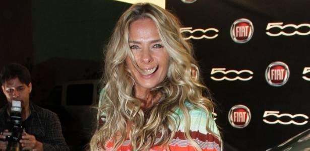 Adriane Galisteu, capa da