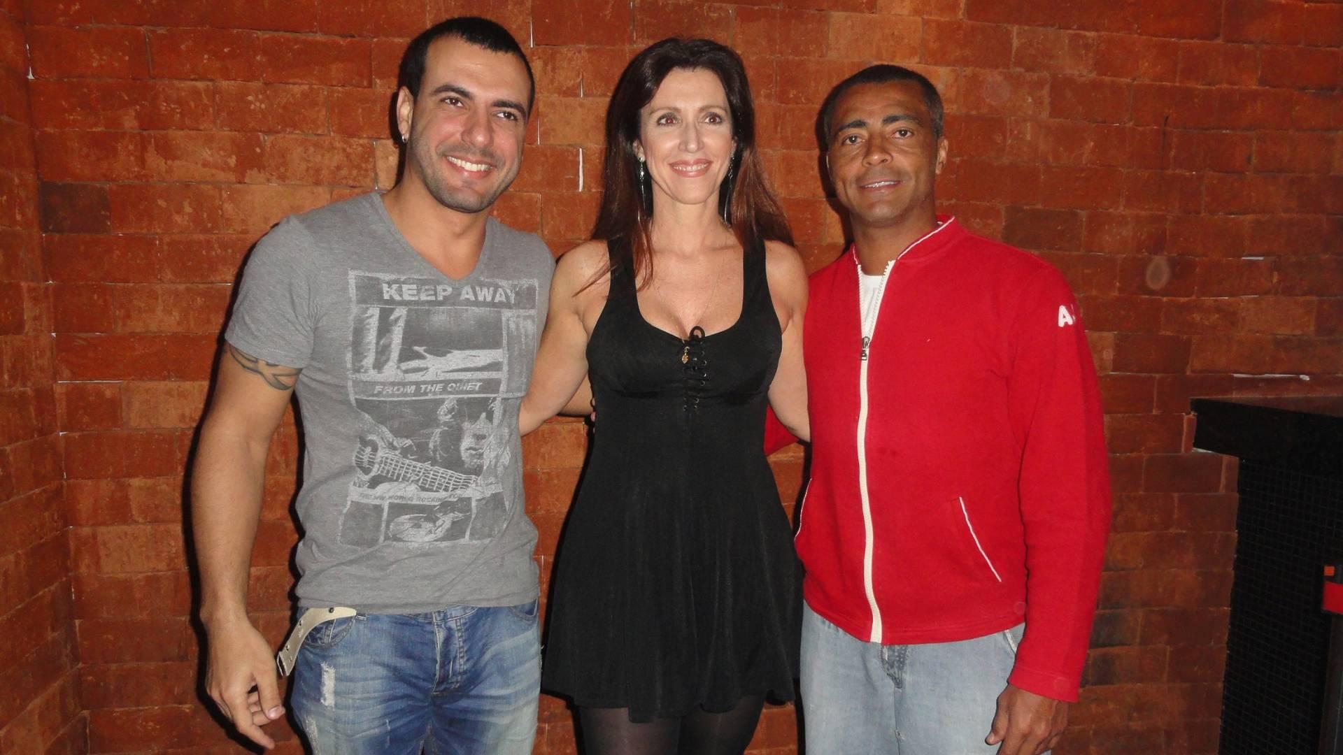 Brenno Be, Edna Velho e Romário no Sutra Club, no Recreio, zona oeste do Rio (11/8/11)