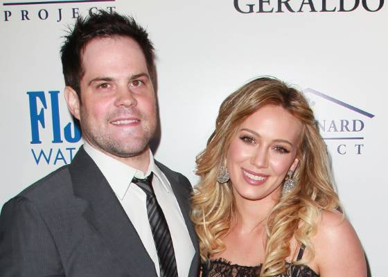 Mike Comrie e Hilary Duff (maio/2011)