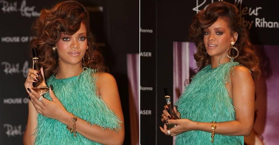 Cantora Rihanna lança perfume em Londres (19/8/11)