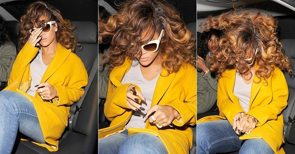 Rihanna tirou aquele cabelo laranja, que lembrava o Ronald McDonald. Isso pode ser visto claramente quando ela sacudiu sua cabelereira ao entrar no carro na noite de sexta-feira (19/8/11). A cantora estava deixando restaurante em Londres