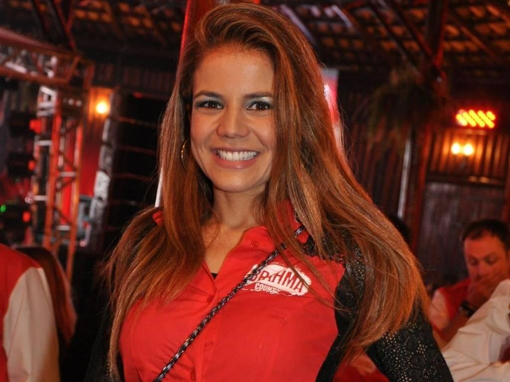Nívea Stelmann posa em camarote em Barretos (20/8/11)