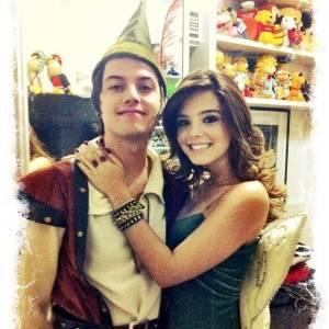 Pe Lanza e Giovanna Lancelloti aparecem fantasiados de Peter Pan e Sininho (24/8/11)