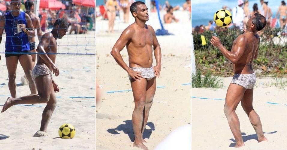 Romario joga futevôlei em praia da Barra da Tijuca (28/8/11)