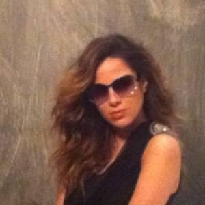 Grávida de três, Wanessa Camargo faz ensaio para marca de óculos e exibe