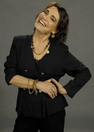 """Regina Duarte em foto de divulgação de """"O Astro"""" (julho/2011)"""