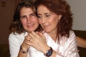 A cantora Joanna com sua ex-companheira e empresária Maria Marta Vieira