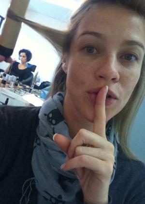 Luana Piovani pede silêncio ao publicar no Twitter que