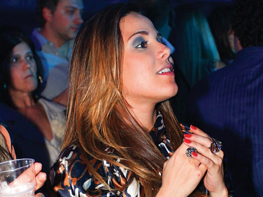 Wanessa Camargo exibe a barriga de cinco meses na gravação de DVD de Zezé di Camargo e Luciano em São Paulo (13/9/2011)