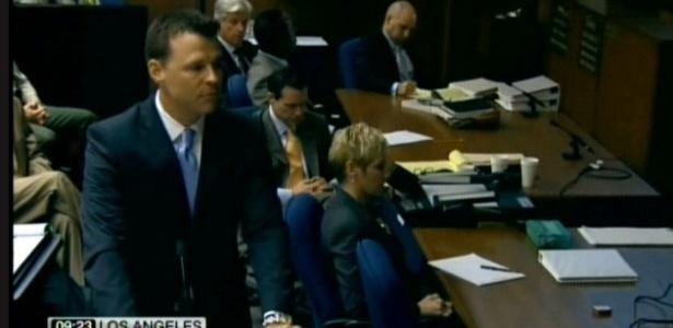 O promotor David Walgren faz discurso de abertura da acusação no julgamento do Dr. Conrad Murray, acusado pela morte do cantor Michael Jackson (27/9/2011)