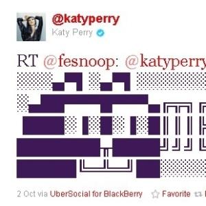 Katy Perry retuíta mensagem de fã brasileiro (3/10/2011)