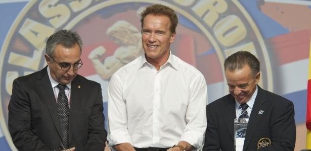 Arnold Schwarzenegger vai à abertura do Arnold Classic Europe 2011, campeonato de body fitness, em Madri (8/10/11)