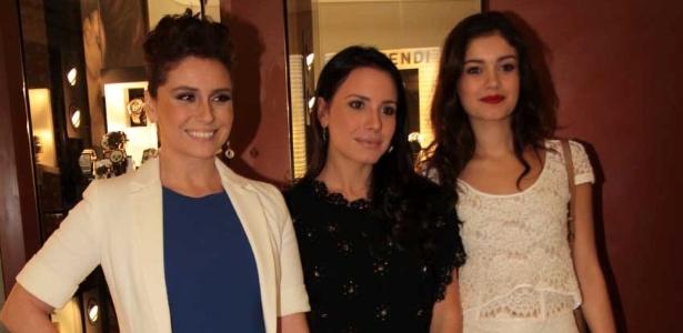 Giovanna Antonelli, Juliana Knust e Sophie Charlotte posam em evento de uma joalheria, em São Paulo (18/10/11)