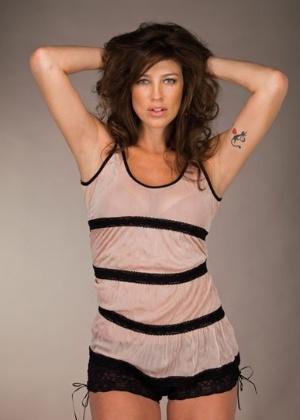Luana Piovani em novo ensaio para seu site oficial