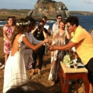 Casamento de Thaila Ayala e Paulinho Vilhena na ilha de Fernando de Noronha (PE)