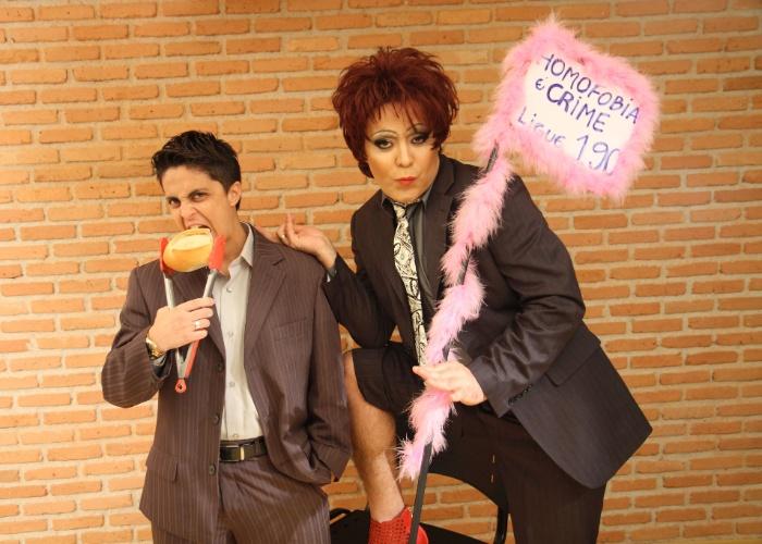 Após ser expulsa de uma padaria, Thammy Gretchen promove campanha contra homofobia (23/11/