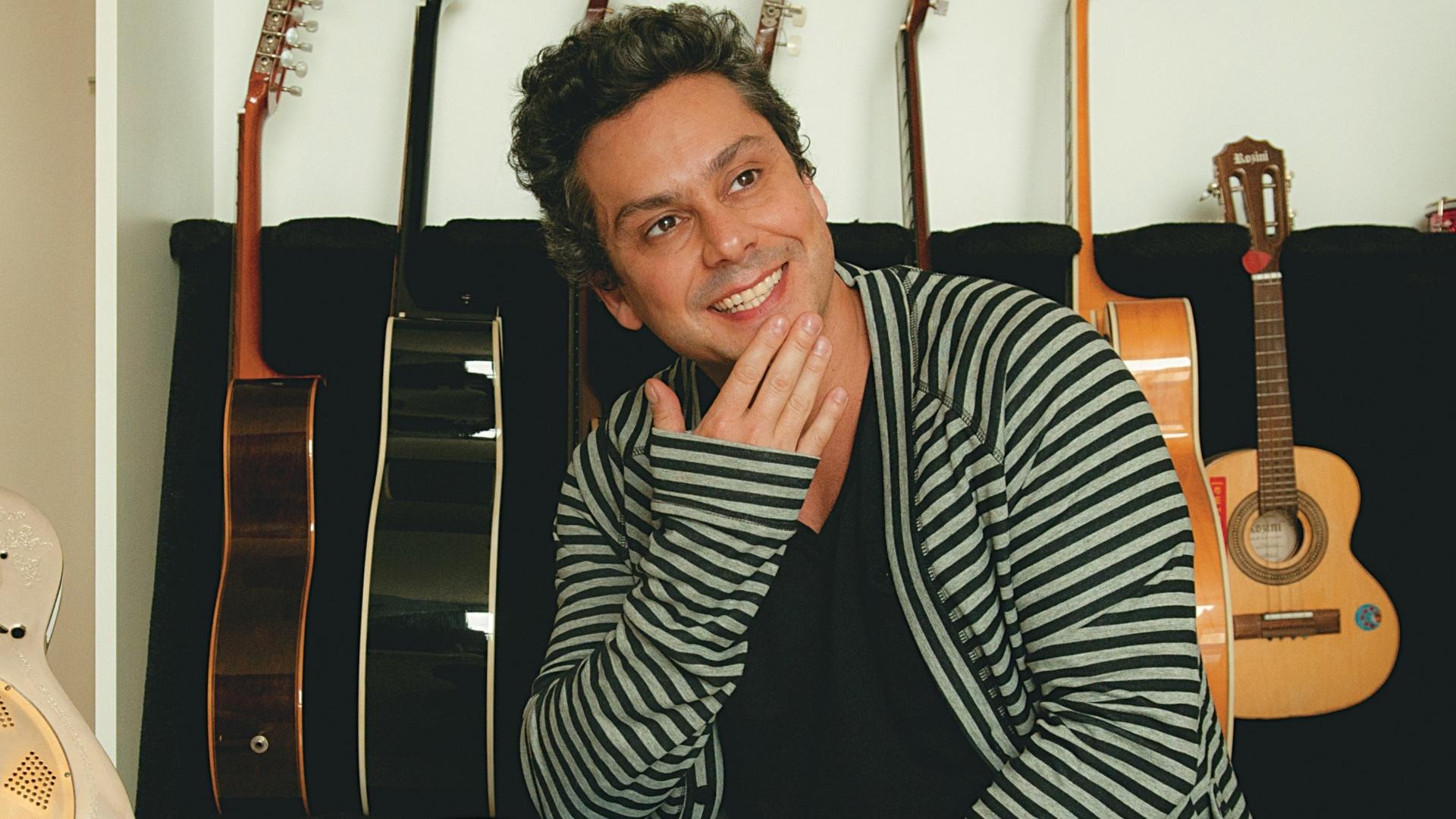 O ator Alexandre Nero em ensaio para a revista