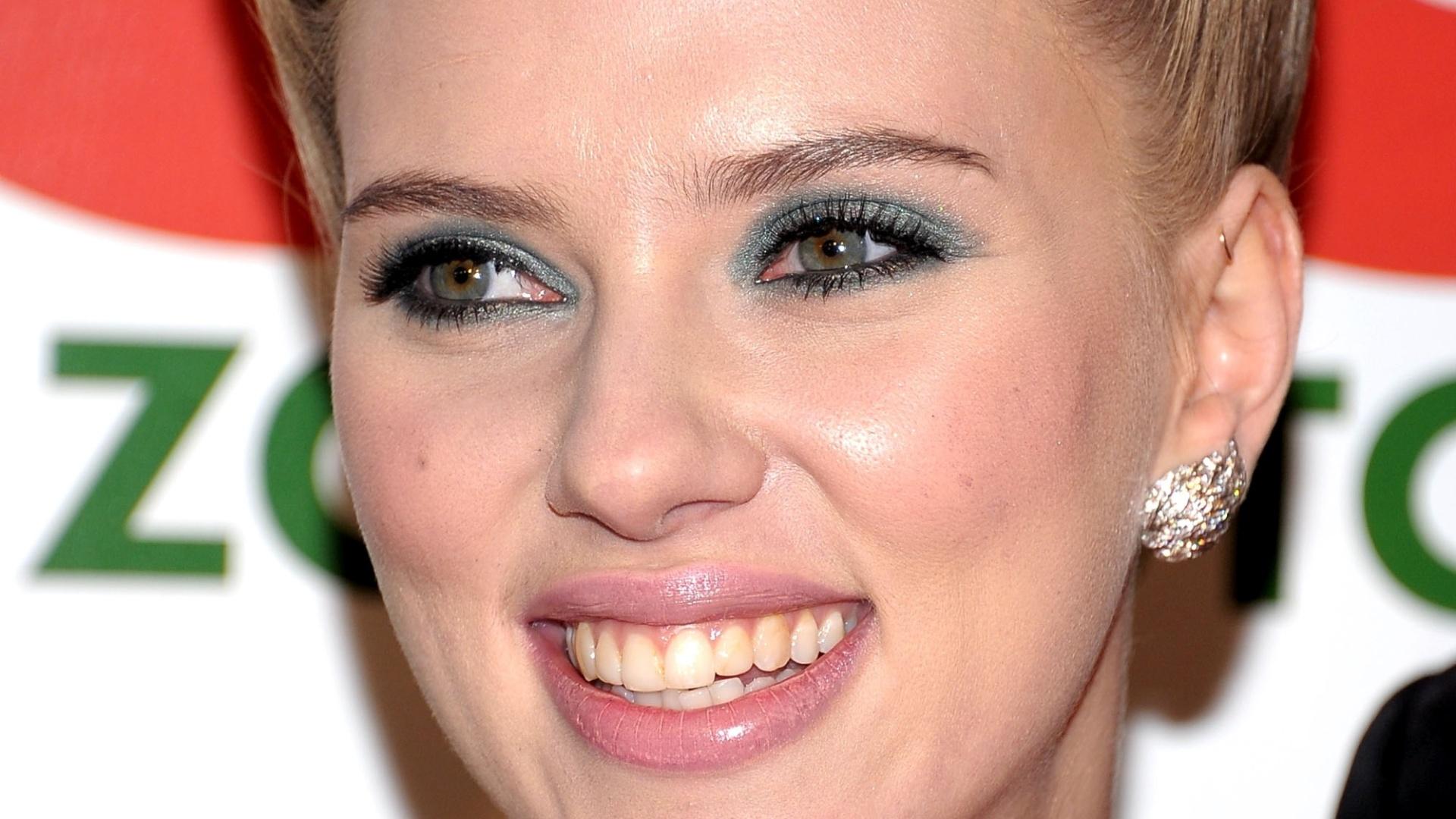 A atriz Scarlett Johansson na estreia de