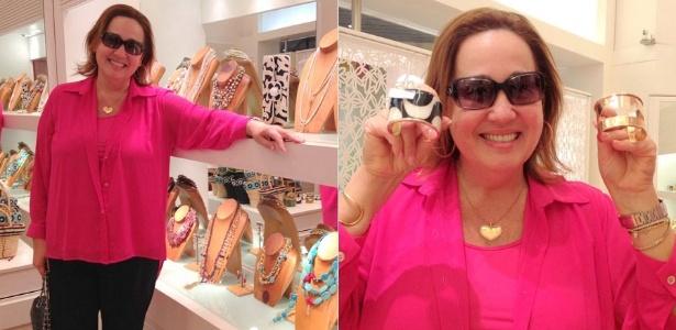 Claudia Jimenez vai às compras em shopping da zona oeste carioca (22/12/11)