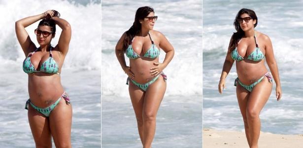 Grávida, ex-BBB Priscila Pires curte praia no Rio de Janeiro (03/01/2012)