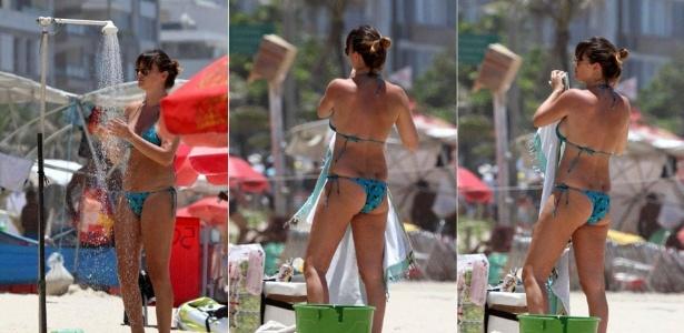 Letícia Birkheuer exibe a boa forma em praia do Rio de Janeiro (05/01/2012)