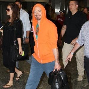 Robert Downey Jr. desembarca no Rio de Janeiro onde irá divulgar o filme