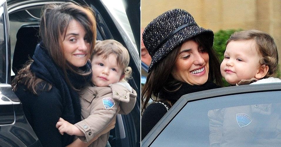 A atriz espanhola Penelope Cruz levou a fofura do seu filho com Javier Bardem, Leo, para fazer compras num supermercado só com comidas orgânicas, no bairro de Chelsea, em Londres (9/1/12)
