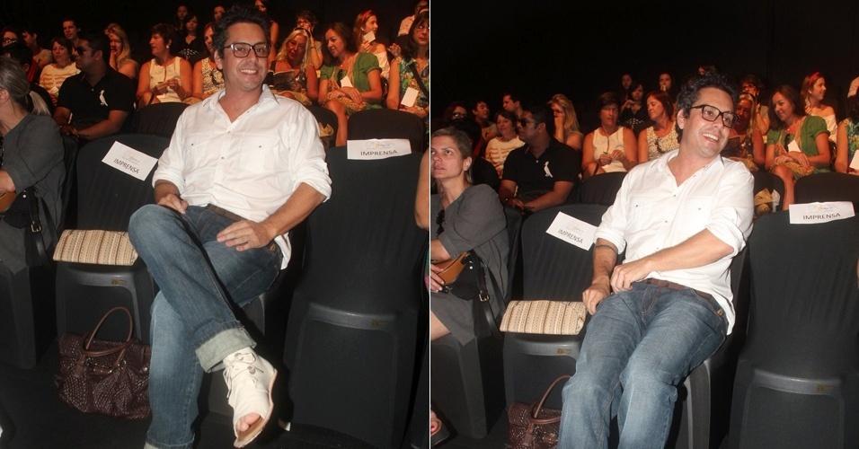 Alexandre Nero prestigia o desfile da grife Bárbara Bela no Fashion Business, evento de moda que acontece no Rio de Janeiro (13/1/2012)