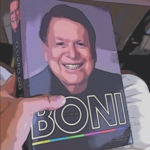 No Twitter, Bruno Gagliasso posta foto do livro do Boni (13/1/2012)